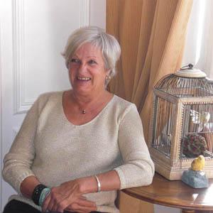Officiant Brigitte Isoard