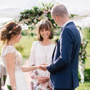 Officiant Sophie Gunther